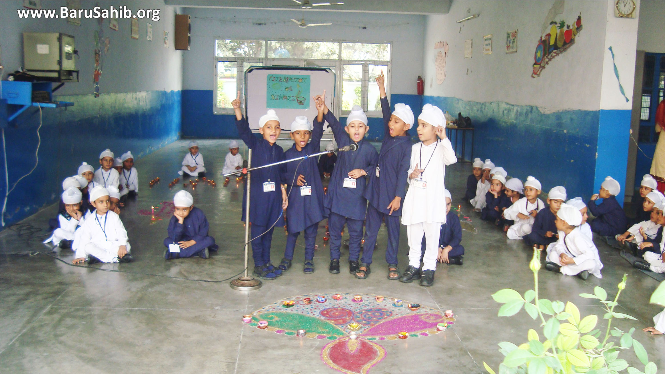 Inter- Class Competition on the Eve of Bandi Chhod at Akal academy!