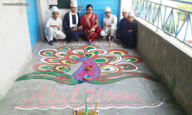 Akal Academy Raipur Peer Bakshwala organised a Rangoli competition on the eve of Bandi Chhod Diwas.